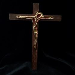 Crucifix bois, bronze et émaux